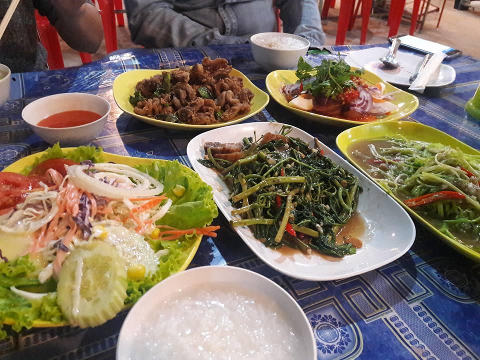 ปูนูอาหารไทย : ร้านอร่อยชื่อแปลก ส่วนความอร่อยมาเต็ม